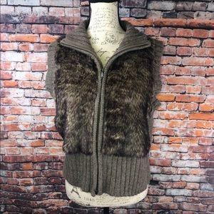 CAbi wool/alpaca blend fur zip up vest #167 L